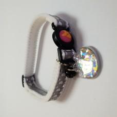 Tarky Safety Collar Grey Heart Shape